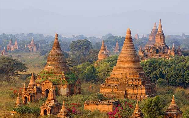Pha That Luang – 4 Days 3 Nights