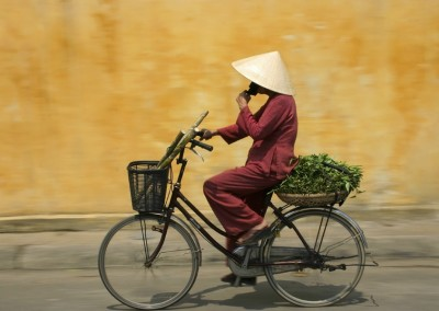 cyclist-in-vietnam_8